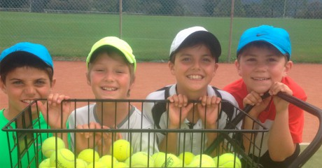 Medibank Junior Development Series players training